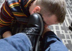 Worship Topher's Feet